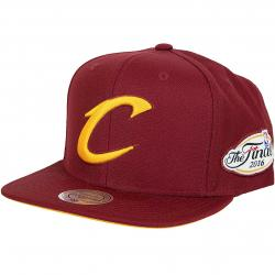 Mitchell & Ness Snapback Cap Tonal in Gold Cleveland Cavalier weinrot/gold