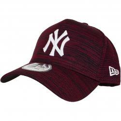 New Era 9Forty Snapback Cap Engineered Fit NY Yankees maroon/schwarz
