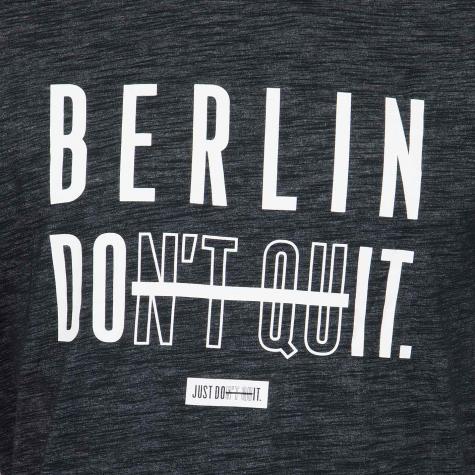 Nike T-Shirt Berlin Don´t Quit schwarz