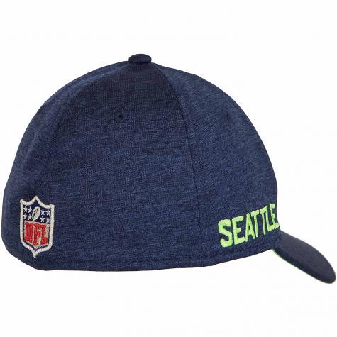 New Era 39Thirty Flexfit Cap OnField Road Seattle Seahawks