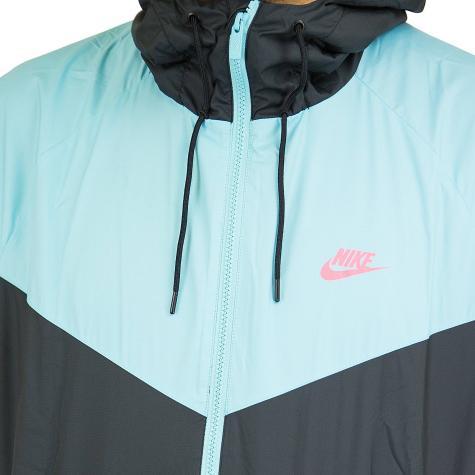 Nike Jacke Windrunner blau/schwarz/weiß