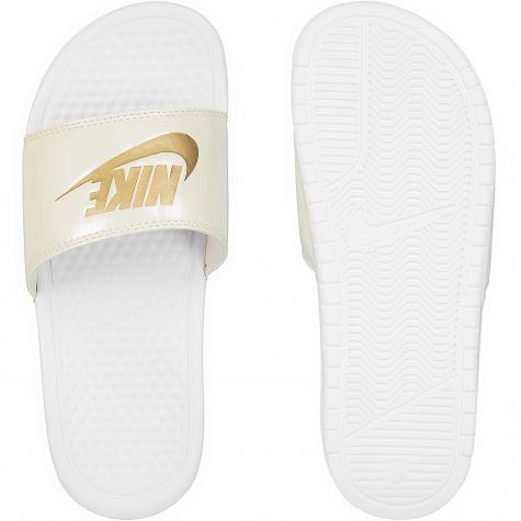 Nike Damen Badelatschen Benassi Just Do It weiß/gold