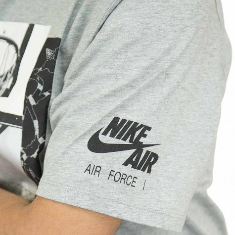 Nike T-Shirt grau/schwarz