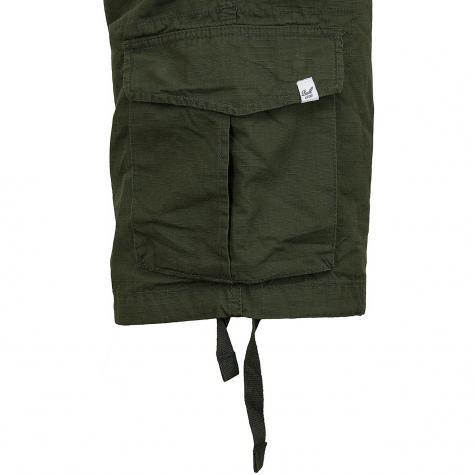Reell Shorts New Cargo grün