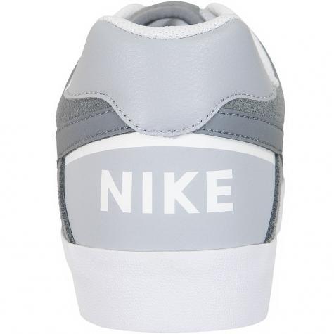 Nike Sneaker SB Delta Force Vulc grau
