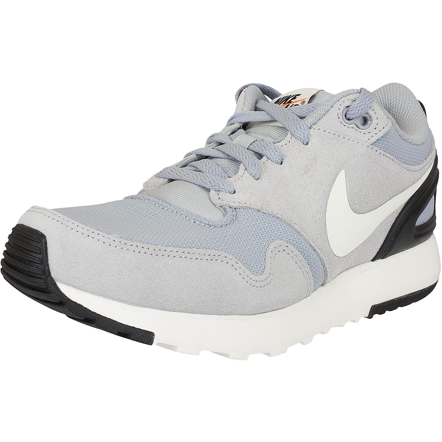 Nike Sneaker Air Vibenna grauweiß