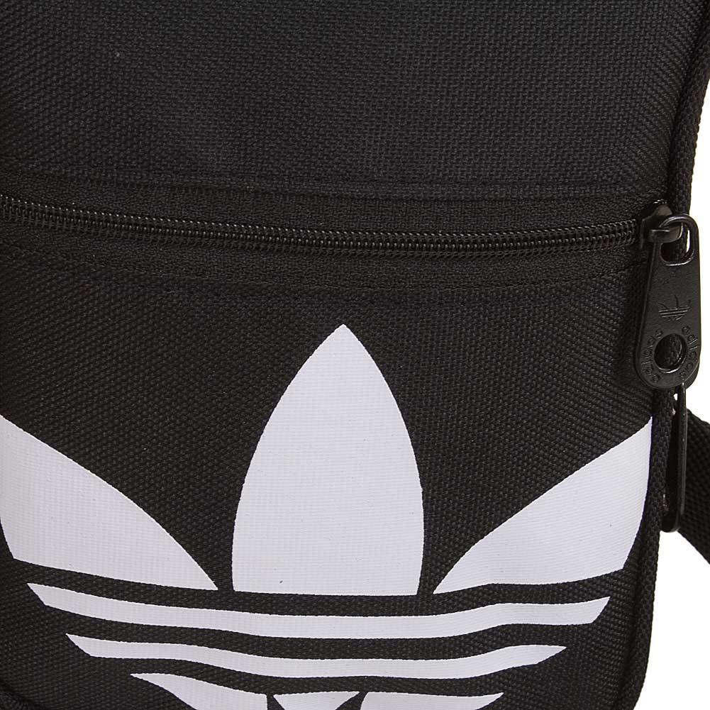 adidas originals festival bag trefoil schwarz wei hier bestellen. Black Bedroom Furniture Sets. Home Design Ideas